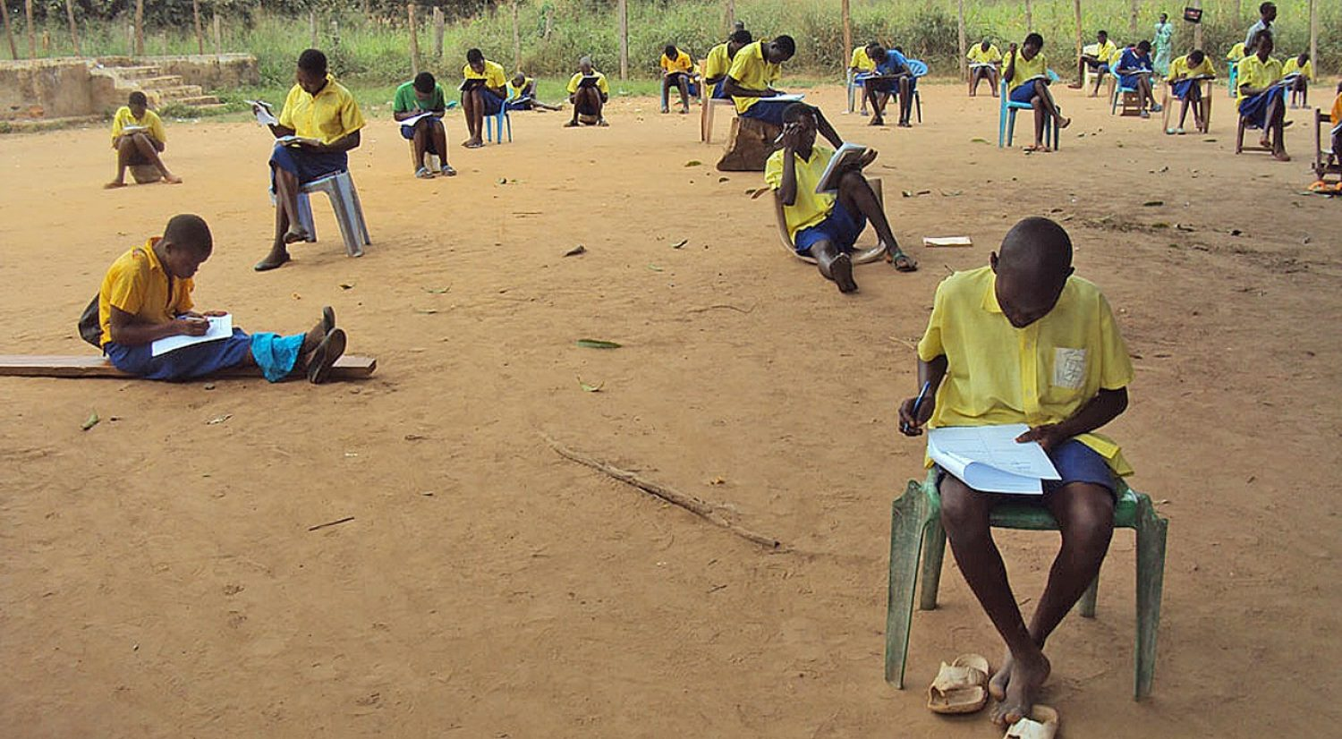 Education in emergency – Students study after class in Yambio, South Sudan, where outbreaks of violence have deterred many from enrolling in school.