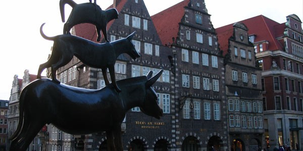 "THE STADTMUSIKANTEN (""CITY MUSICIANS"") IN BREMEN."