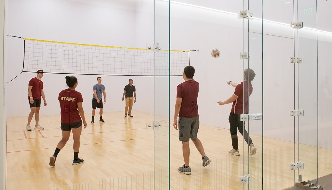 A group of students playing wallyball