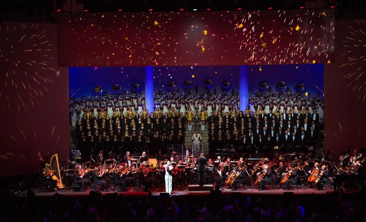 The Boston Pops on stage with the Screaming Eagles Marching Band and University Chorale
