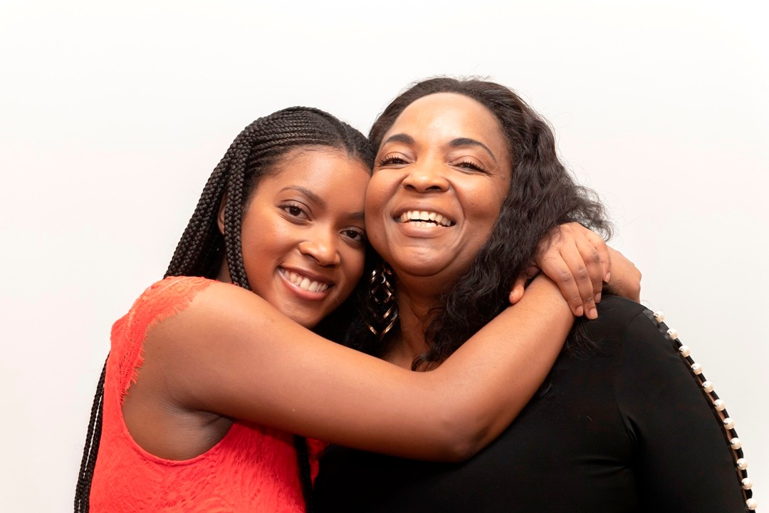 Shakalah Thompson and her mother