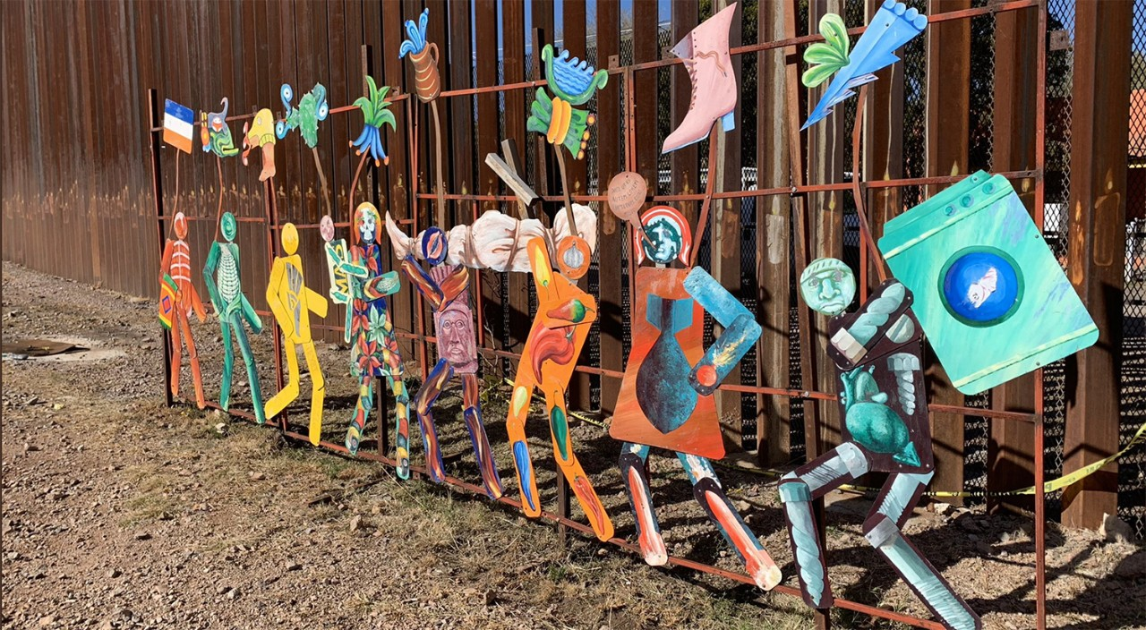 Art installation on the Mexican side of the border fence at Nogales (Photo by Carla Monteiro '19)