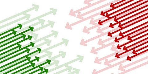 Red and green arrows pointing at each other