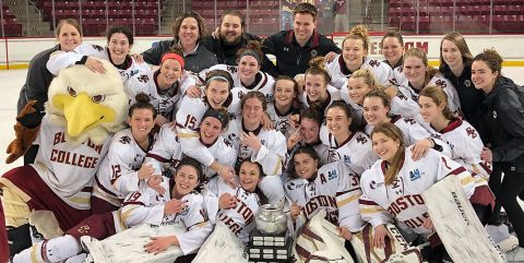 Women's ice hockey 2018 Beanpot champions team photo