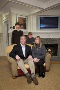 Scott Harrington '85 with wife Kathleen '87 and children Jack (left) and Scooter